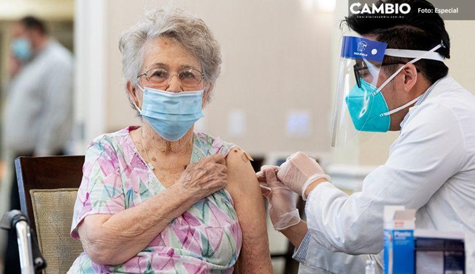 Hay 730 mil abuelitos en Puebla y sólo llegaron 42 mil vacunas: son para la Mixteca y zonas de alta marginación
