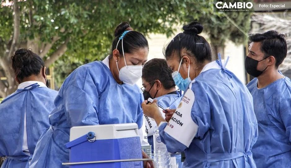 SSA provoca molestia y confusión en aplicación de vacunas en Atlixco