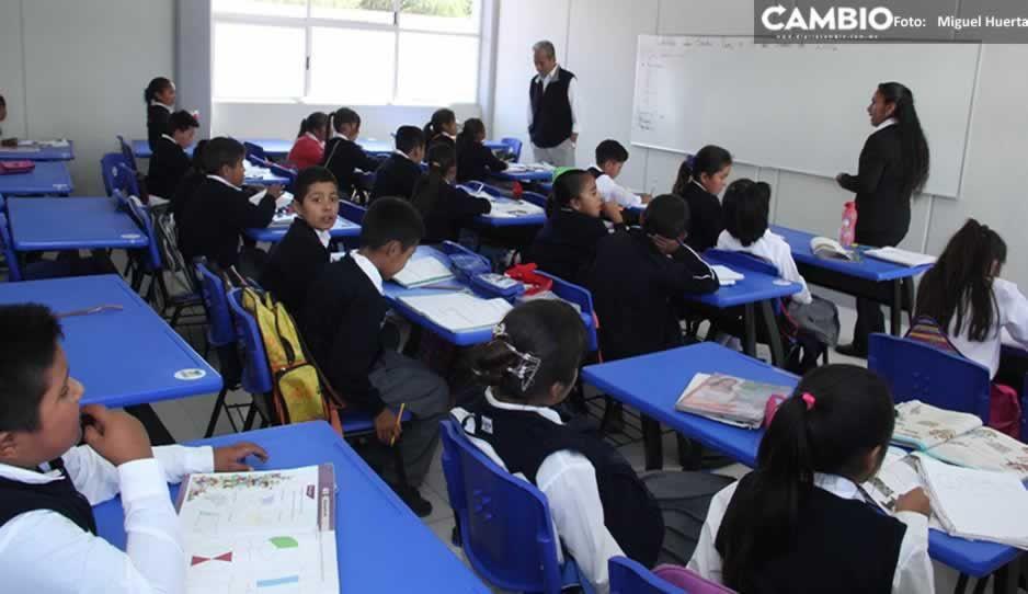 ¡Con los libros bajo el brazo! Cerca de 80 mil niños retoman clases presenciales en CDMX
