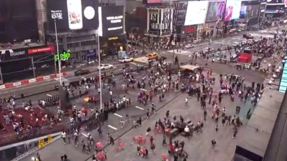 Balacera en pleno Times Square de Nueva York (VIDEO)