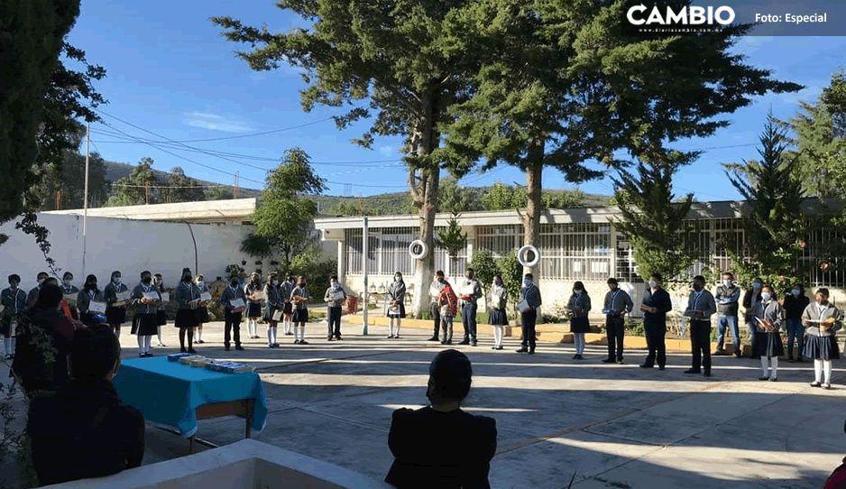 ¡Ni el papel de baño dejaron! Saquean telesecundaria en San Mateo Tlaixpan
