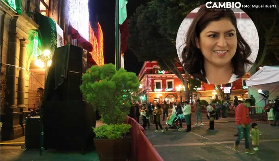 Claudia lleva acarreados a su Grito: habilita zona VIP para familiares y allegados (VIDEO)