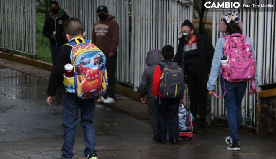 A cinco días del regreso a clases, detectan contagios en 15 escuelas de Puebla