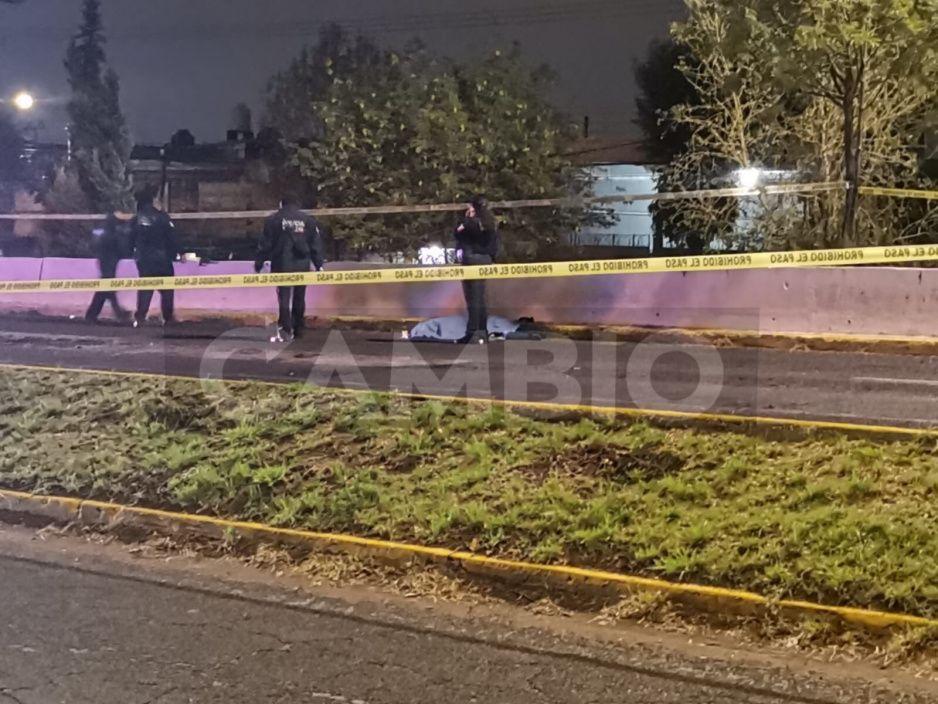 ¡Trágico accidente en la Recta a Cholula! Atropellan a familia; muere uno, pero sobreviven los niñitos (VIDEO)