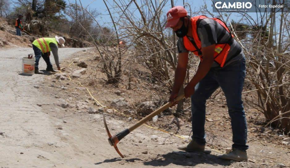 Ayuntamiento de Atlixco inicia pavimentación del acceso principal a San Esteban Zoapiltepec