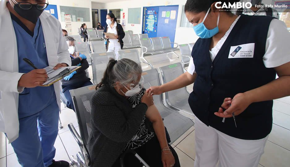 Abuelitos de Texmelucan y Huejotzingo este domingo recibirán la segunda vacuna AntiCovid