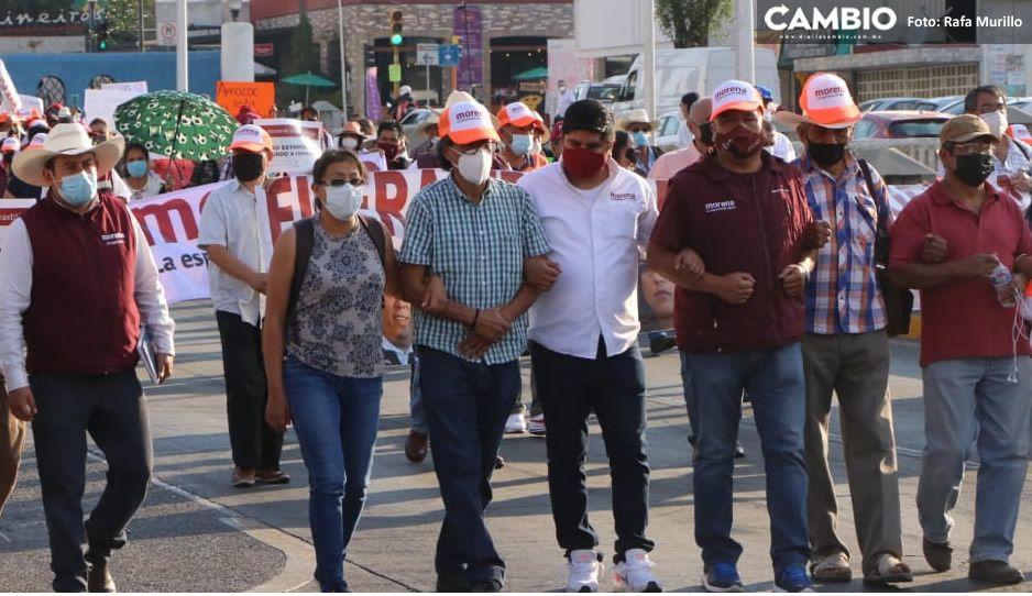 Candidatos se podrán inscribir vía online ante la marcha de morenistas inconformes en el IEE