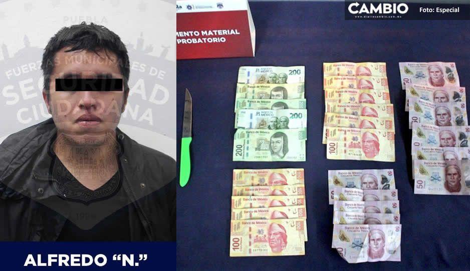 Alfredo amenazó con un cuchillo a empleada de OXXO y se llevó dinero efectivo en la 11 sur