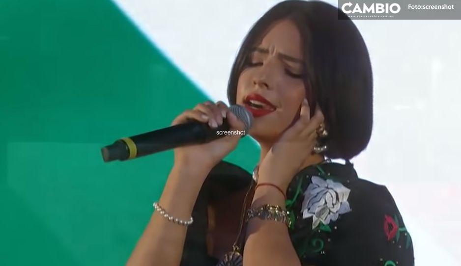 Por cambiar el tono del Himno Nacional, piden castigar a Ángela Aguilar