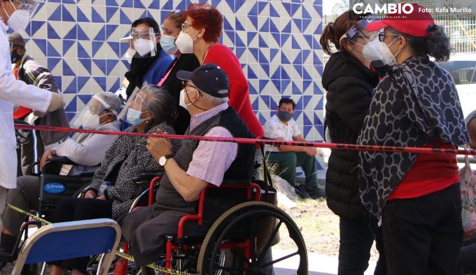 ¡Con vacunas chinas! Abuelitos de Tehuacán serán vacunados el 28 de febrero
