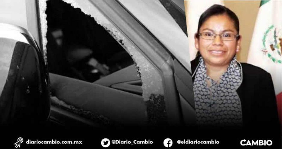 Rafaguean camioneta de alcaldesa de Tepango en la Carretera Interserrana
