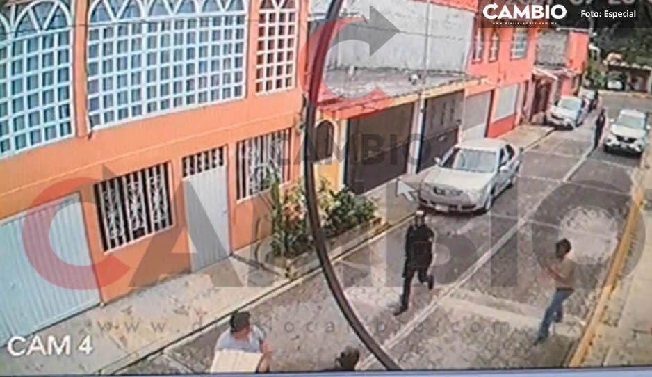 A cachazos y disparos, así se enfrentaron civiles y policías de Huauchinango; hay 3 lesionados