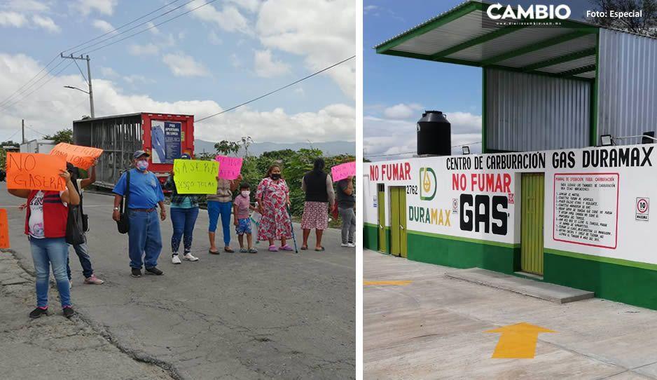 Vecinos de Granjas de Oriente se manifiestan vs instalación de gasera Duramax en Tehuacán