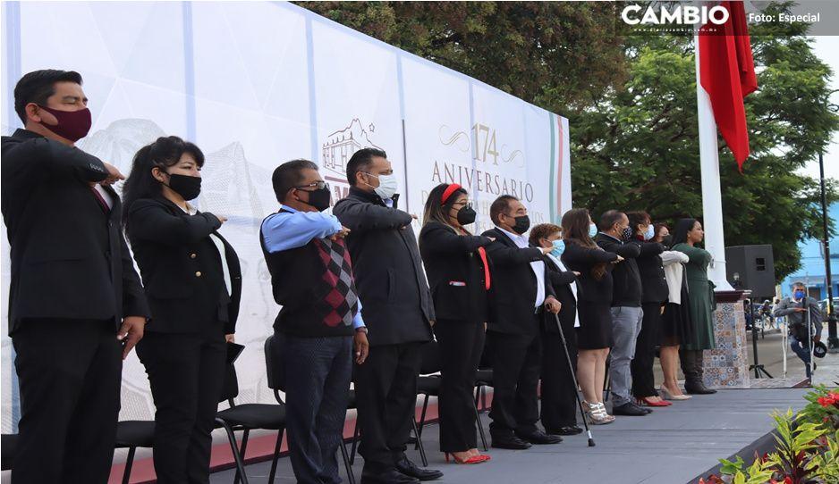 Conmemora Ayuntamiento de Amozoc a los Niños Héroes en ceremonia cívica