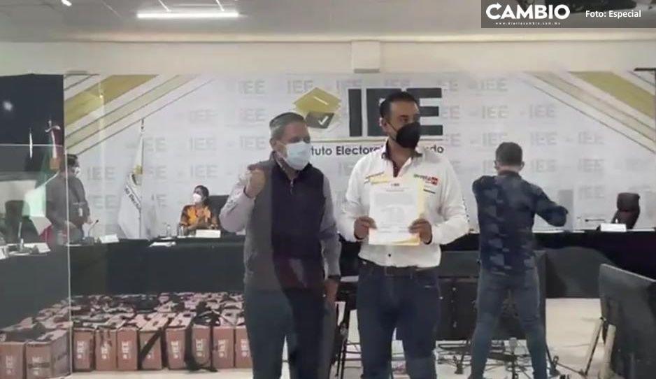 Tras recuento de votos, IEE da el triunfo al morenista, Armando Ruiz en Libres