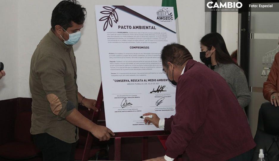 Firma Mario de la Rosa carta compromiso en pro del medio ambiente
