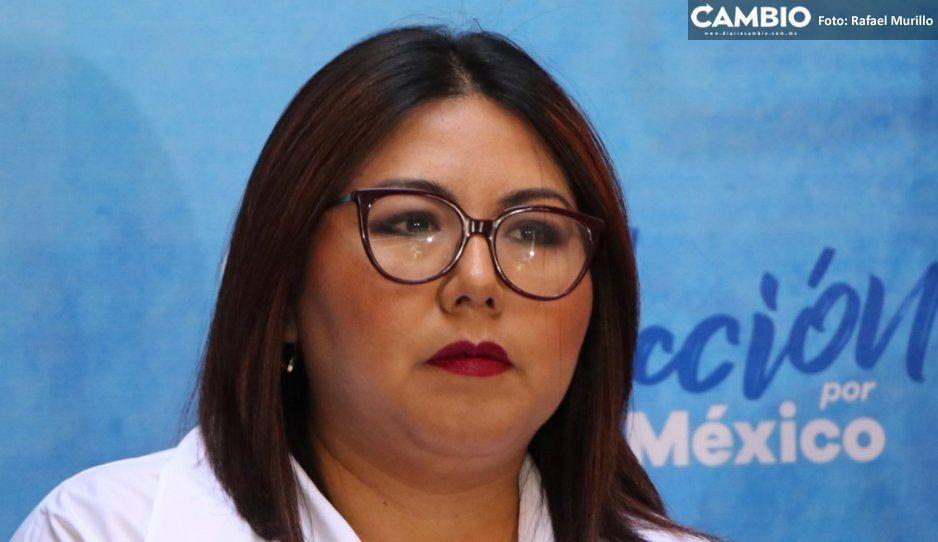 Genoveva Huerta califica como show la consulta popular de AMLO