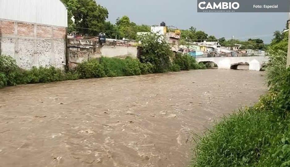 Río Nexapa está a punto de desbordarse, pone en riesgo a más de 50 familias en Izúcar