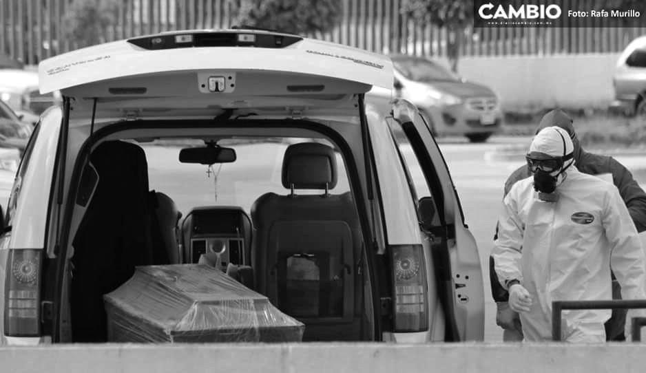 Así vivió Puebla su peor día de COVID: carrozas entran y salen de los hospitales (VIDEO)