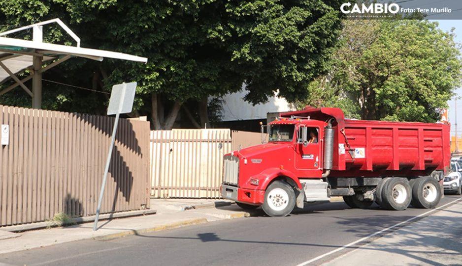 Arrancan trabajos de demolición en San Alejandro: camiones de volteo retiran escombros (VIDEO)