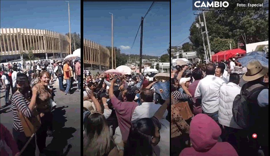 Pobladores de Tecamachalco echan a grupo de choque enviado por Marisol Cruz (VIDEO)