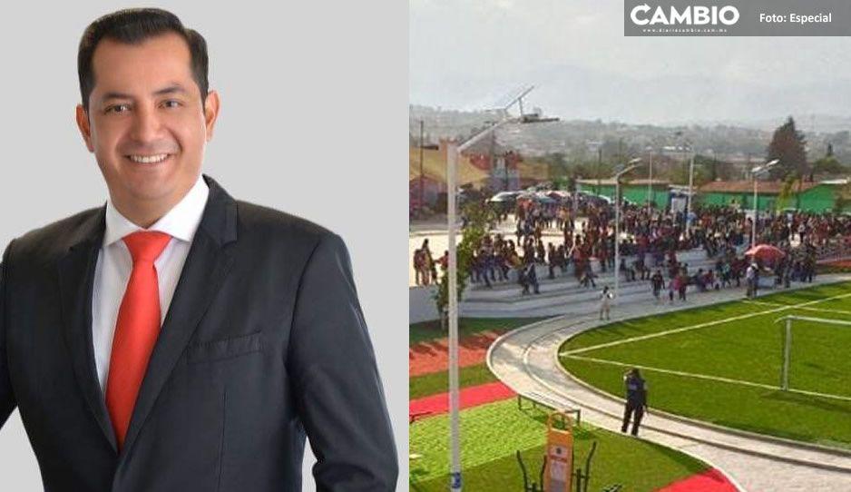 Edil de Santa Rita Tlahuapan olvida pandemia y veda electoral; inaugura obras con partido de futbol