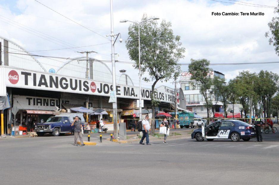 Operativo en el Mercado Morelos, van por tienditas clandestinas de alcohol (VIDEO)