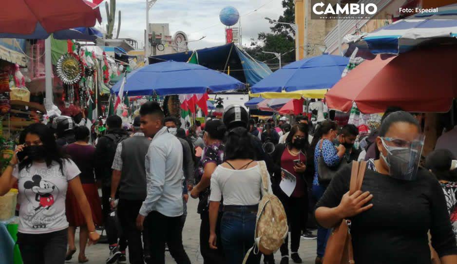 Tehuacaneros covidiotas abarrotan las calles por las fiestas patrias