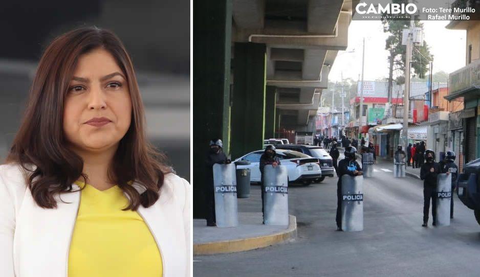 Toma Claudia por la fuerza el Mercado de Amalucan y detiene a locatarios (FOTOS y VIDEO)